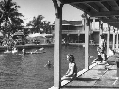Pool at the British Colonial Hotel