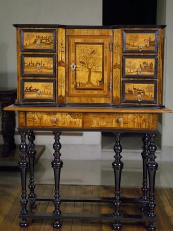 Poplar Cabinet Inlaid with Various Woods