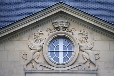 https://imgc.allpostersimages.com/img/posters/porthole-with-rampant-lions-louvois-castle_u-L-PPQBHH0.jpg?p=0