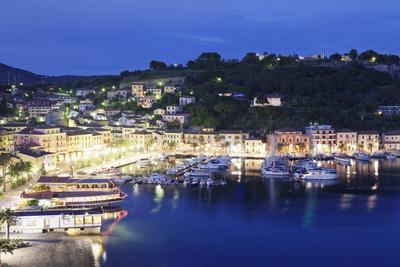 https://imgc.allpostersimages.com/img/posters/porto-azzurro-island-of-elba-livorno-province-tuscany-italy_u-L-PWFQRE0.jpg?p=0