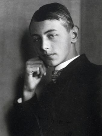 https://imgc.allpostersimages.com/img/posters/portrait-of-carl-orff-german-composer-1911_u-L-POPMT70.jpg?p=0