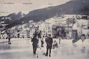 Postcard Depicting a Curling Rink in Grindelwald
