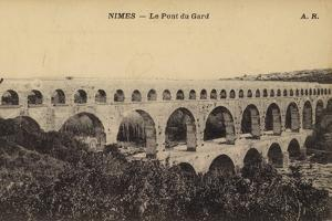 Postcard Depicting Le Pont Du Gard