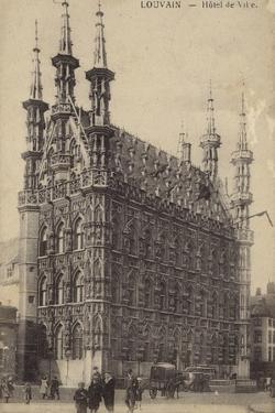 Postcard Depicting the Town Hall in Leuven