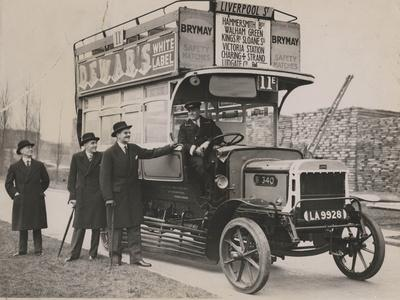 https://imgc.allpostersimages.com/img/posters/pre-war-london-bus-lent-to-vancouver-c-1935_u-L-PPQXTQ0.jpg?p=0