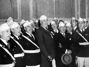 Pres Franklin Roosevelt Singing 'Home on the Range' with American Legion Glee Club of Syracuse, NY