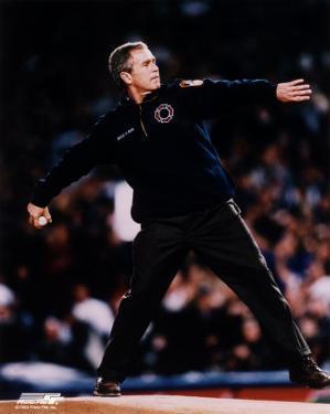 President Bush - 1st pitch 2001 World Series #2