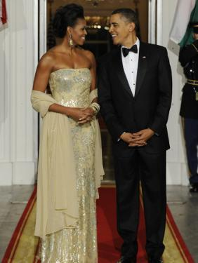 President Obama and First Lady before Welcoming India's Prime Minister and His Wife to State Dinner