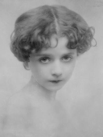 https://imgc.allpostersimages.com/img/posters/pretty-little-girl_u-L-Q106ZIM0.jpg?p=0