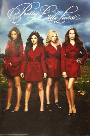 Pretty Little Liars - Red Coats
