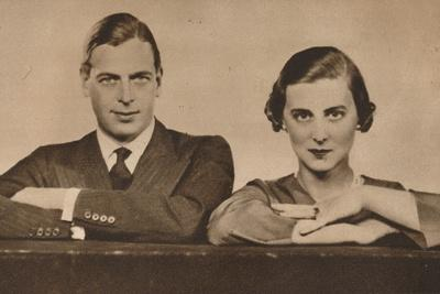 https://imgc.allpostersimages.com/img/posters/prince-george-and-princess-marina-who-became-engaged-on-28-august-1934-1935_u-L-Q1EF9QA0.jpg?artPerspective=n