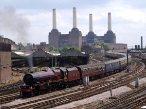Princess Elizabeth Steam Train Steaming in to Victoria Station
