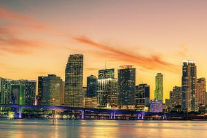 Famous City of Miami, Summer Sunset by prochasson