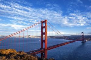 Famous Golden Gate Bridge by prochasson