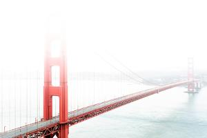 Golden Gate Bridge in the Fog by prochasson