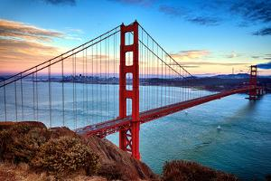 Horizontal View of Golden Gate Bridge by prochasson