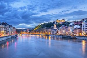 The Saone River in Lyon City by prochasson