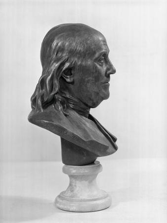 https://imgc.allpostersimages.com/img/posters/profile-of-benjamin-franklin-statue_u-L-PZOR400.jpg?artPerspective=n