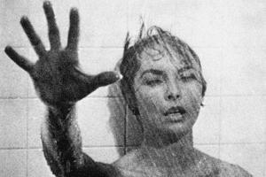 PSYCHO, 1960 directed by ALFRED HITCHCOCK Janet Leigh (b/w photo)