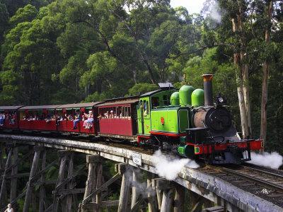 https://imgc.allpostersimages.com/img/posters/puffing-billy-steam-train-dandenong-ranges-near-melbourne-victoria-australia_u-L-P2T88U0.jpg?p=0