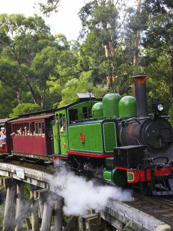 https://imgc.allpostersimages.com/img/posters/puffing-billy-steam-train-dandenong-ranges-near-melbourne-victoria-australia_u-L-P2T8A20.jpg?p=0