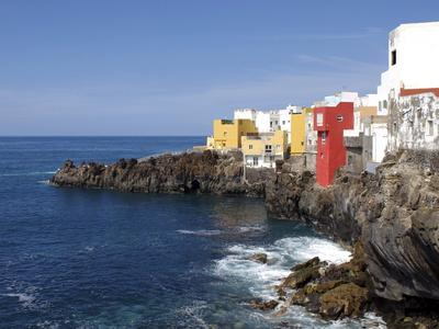 https://imgc.allpostersimages.com/img/posters/punta-brava-puerto-de-la-cruz-tenerife-canary-islands-spain-atlantic-europe_u-L-PFNIAJ0.jpg?p=0