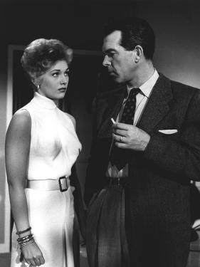 PUSHOVER, 1954 directed by RICHARD QUINE Kim Novak and Fred MacMurray (b/w photo)