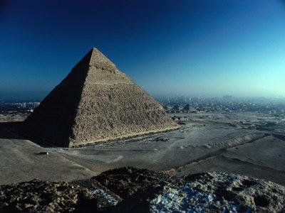 https://imgc.allpostersimages.com/img/posters/pyramid-of-chephren-from-top-of-pyramid-of-mycerinus-giza-egypt_u-L-P4FU6P0.jpg?p=0