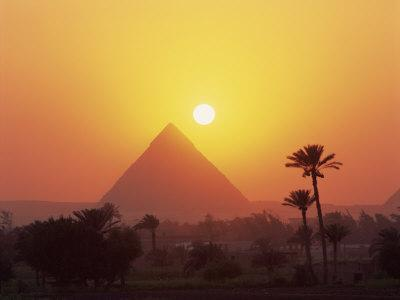 https://imgc.allpostersimages.com/img/posters/pyramid-silhouetted-at-sunset-giza-unesco-world-heritage-site-cairo-egypt-north-africa-africa_u-L-P7X7EC0.jpg?p=0