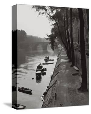 Quai Bourbon Pont Marie Paris