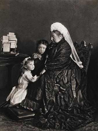https://imgc.allpostersimages.com/img/posters/queen-victoria-of-england-with-her-young-granddaughters_u-L-PZOG8X0.jpg?artPerspective=n
