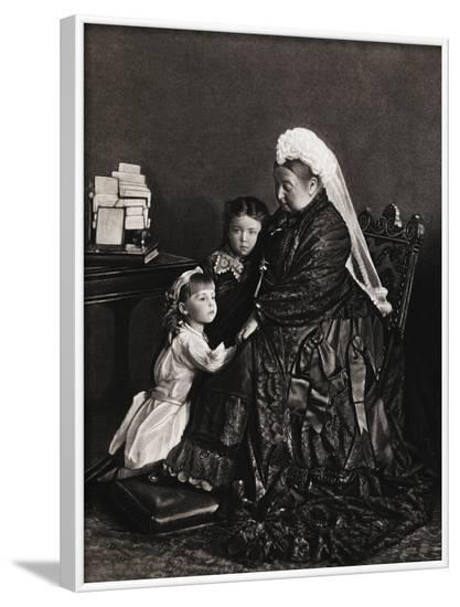 Queen Victoria of England with Her Young Granddaughters--Framed Photographic Print