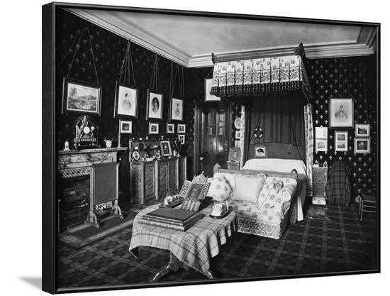 Queen Victoria's Bedroom--Framed Photographic Print