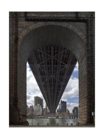 https://imgc.allpostersimages.com/img/posters/queens-boro-bridge-flat_u-L-Q1CAKOI0.jpg?artPerspective=n