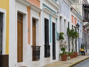 Colourful Houses in Old San Juan by Rachel Lewis