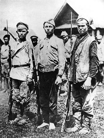 https://imgc.allpostersimages.com/img/posters/ragged-soldiers-of-the-bolshevik-army-1917_u-L-PPJI8H0.jpg?p=0
