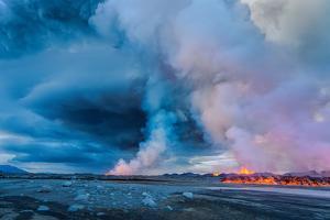 Volcano Eruption at the Holuhraun Fissure Near the Bardarbunga Volcano, Iceland by Ragnar Th Sigurdsson