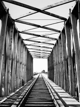Railroad Bridge: Red River