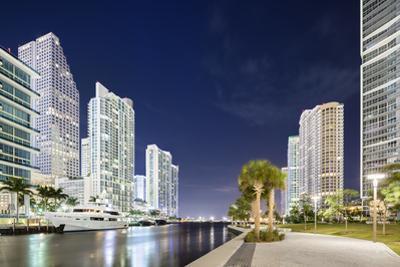 Downtown Miami, Riverwalk at Night
