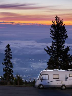 Austria, Carinthia, View from Dobratsch, Camper by Rainer Mirau