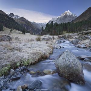 Austria, Tyrol, LŸsenstal, LŸsens, LŸsenser Fernerkogel, Melbach by Rainer Mirau