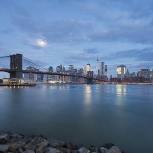 Brooklyn Bridge, Manhattan, New York City by Rainer Mirau