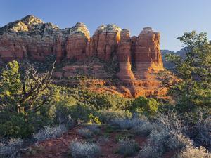 Coffe Pot Rock, Buena Vista Drive, Sedona, Arizona, Usa by Rainer Mirau