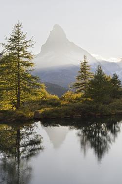 Grindjisee, Matterhorn, Zermatt, Valais, Switzerland by Rainer Mirau