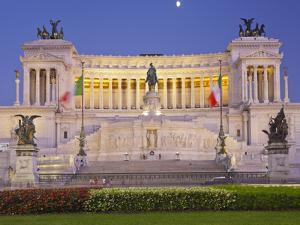 Monumento Vittorio Emanuele Ii, Piazza Venezia, Rome, Lazio, Italy by Rainer Mirau