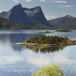 Norway, Northern Country, Lofoten, Ballangen, Efjorden, Kjerringvikstraumen, Stortinden by Rainer Mirau