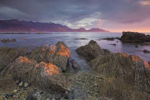 Rock Formations, Kaikoura Peninsula, Manakau Mountains, Canterbury, South Island, New Zealand by Rainer Mirau
