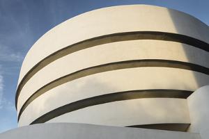Solomon R. Guggenheim Museum, 5th Avenue, Manhattan, New York City by Rainer Mirau