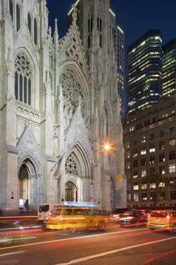 St. Patrick's Cathedral, 5th Avenue, Manhattan, New York by Rainer Mirau
