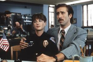 RAISIN ARIZONA, 1987 directed by JOEL AND ETHAN COEN Holly Hunter and Nicolas Cage (photo)